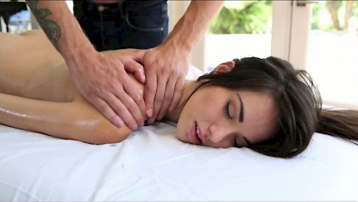 Emily Grey after the massage fuck my tight pussy