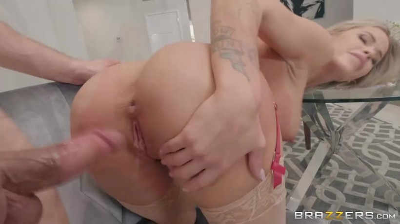Pregnant blonde wife hairy pussy fucking