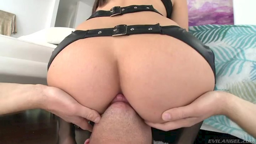 White Girl Big Ass Solo