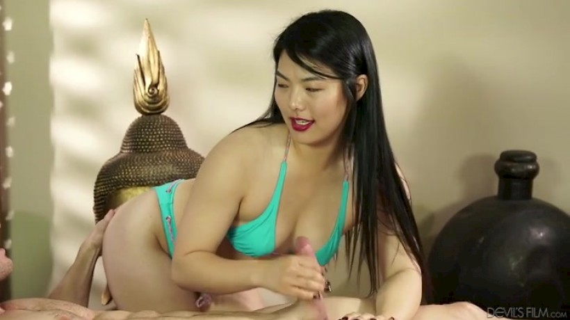 Nari Park loves to fuck their clients one by one - Private