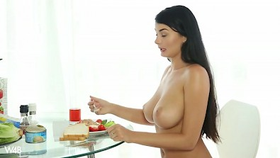 Lucy plays dirty with her juicy pussy while she prepare a breakfast